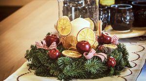 Preview wallpaper christmas decorations, vintage, wreath, pine, retro