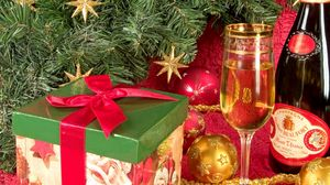 Preview wallpaper christmas, new year, gift, champagne, box
