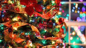 Preview wallpaper christmas tree, decorations, garlands, toys, new year, christmas