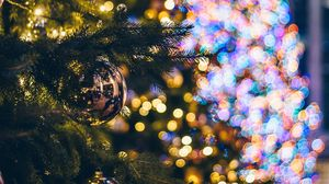 Preview wallpaper christmas tree, decorations, garlands, lights, new year, christmas, holidays