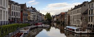 Preview wallpaper city, buildings, boats, river, pier, venice