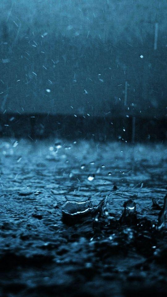540x960 Wallpaper close-up, drop, black, blue, rain