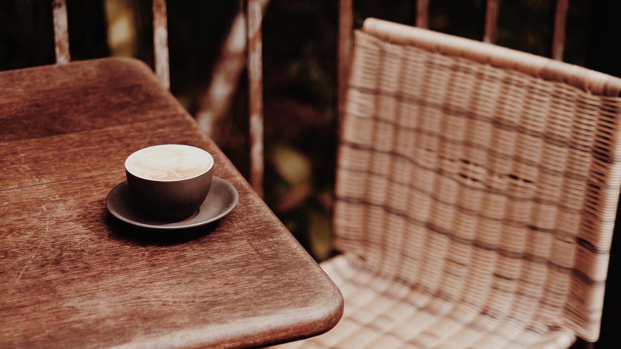 【壁纸桌面】墙纸咖啡,杯子,桌子,椅子,木制高清壁纸免费下载