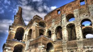 Preview wallpaper colosseum, italy, people, sky