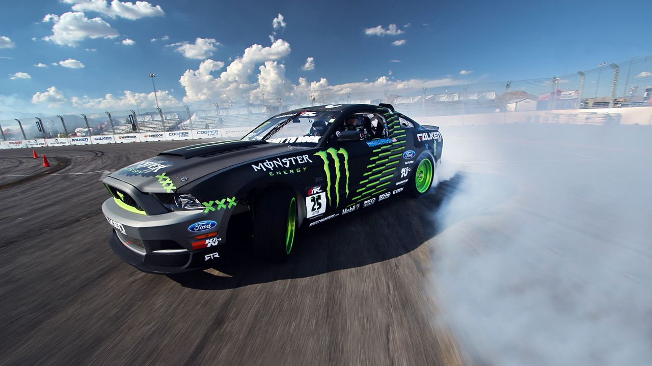 1280x720 Wallpaper competition, drift, sports car, mustang, clouds, ford, gt, smoke