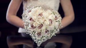 Preview wallpaper composition, bride, roses, wedding bouquet