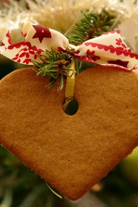 Preview wallpaper cookies, christmas, heart, ribbon