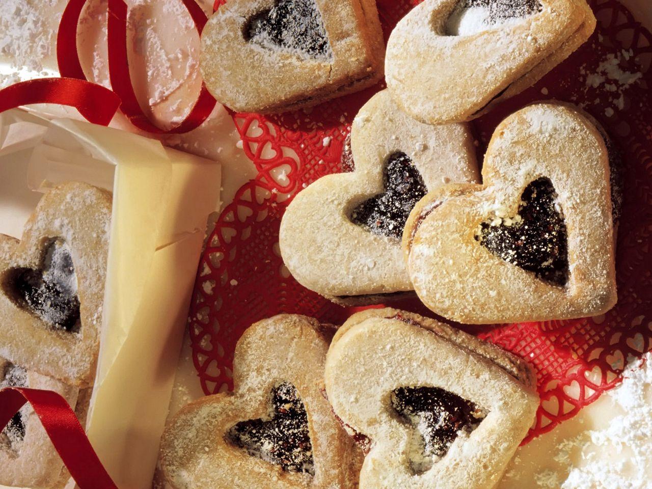 1280x960 Wallpaper cookies, hearts, cakes, sprinkles