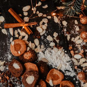 Preview wallpaper cookies, spices, garland, christmas, new year