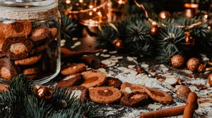 Preview wallpaper cookies, spices, garland, branches, holiday