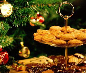 Preview wallpaper cookies, stand, dessert