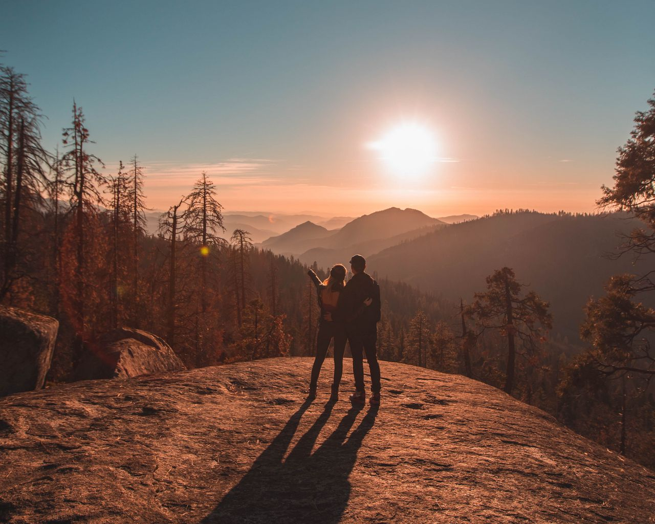 1280x1024 Wallpaper couple, mountains, travel, sunset, sequoia national park, united states