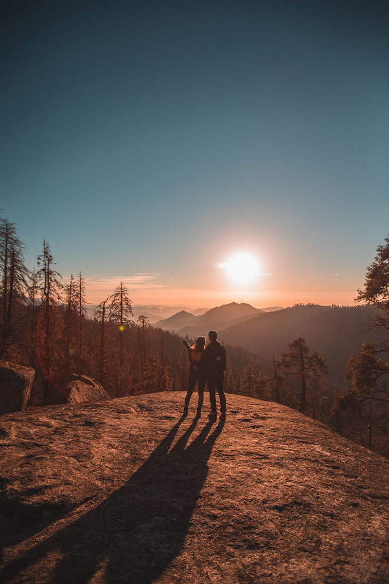 800x1200 Wallpaper couple, mountains, travel, sunset, sequoia national park, united states