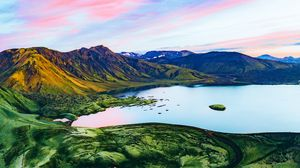 Preview wallpaper crater, lake, mountains, iceland
