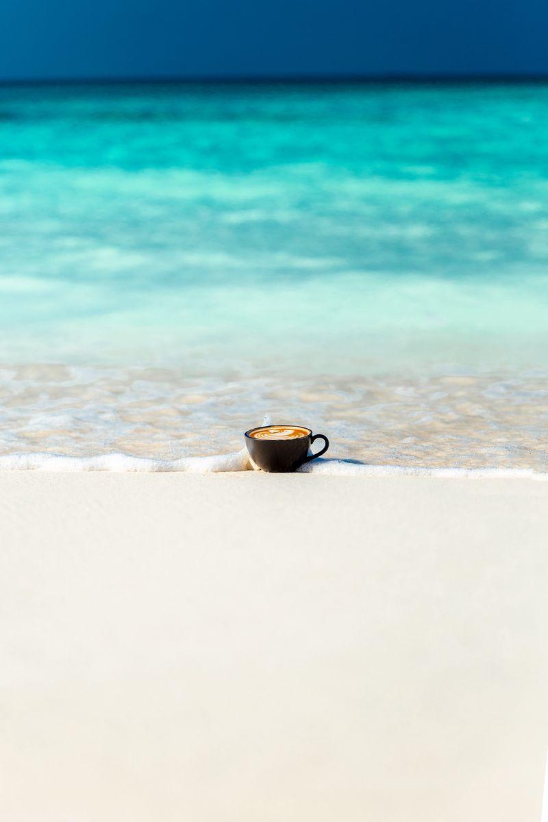 800x1200 Wallpaper cup, ocean, sand, coast, minimalism