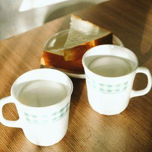Preview wallpaper cups, milk, bread, white