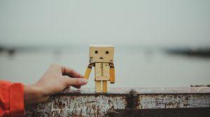 Preview wallpaper danbo, cardboard robot, friendship, hand