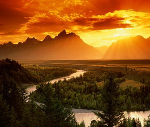 Preview wallpaper decline, sun, light, evening, river, bends, trees, wood, height, orange, silence, serenity, freedom