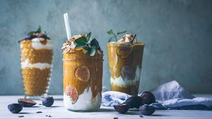 Preview wallpaper dessert, figs, cream