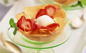 Preview wallpaper dessert, ice-cream, ball, strawberry, portion, laying, mint