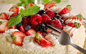 Preview wallpaper dessert, pie, berries, strawberry, cream, mint, sweet