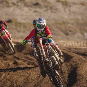 Preview wallpaper dirt bike, motorcycle, dirt, racing