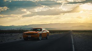 Preview wallpaper dodge, challenger, side view, road