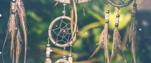 Preview wallpaper dreamcatcher, amulet, feathers, glare