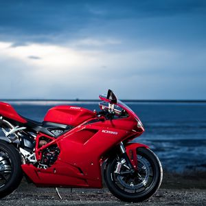 Preview wallpaper ducati, 1098, motorcycle, sea, red
