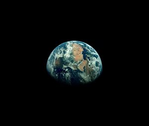 Preview wallpaper earth, planet, shadow, black, space