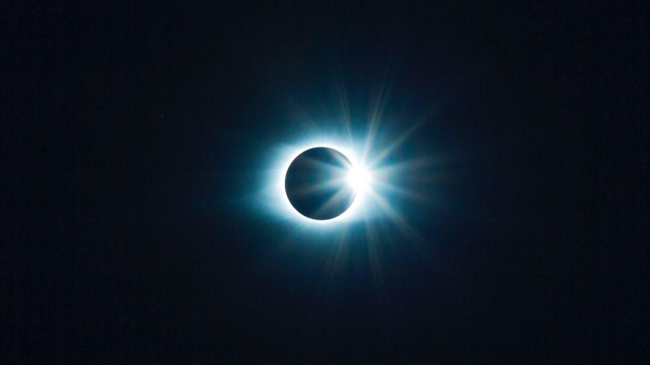 Wallpaper eclipse, moon, sun