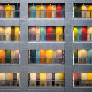 Preview wallpaper facade, multi-colored, doors