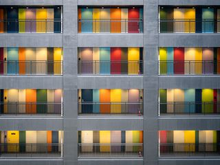 320x240 Wallpaper facade, multi-colored, doors