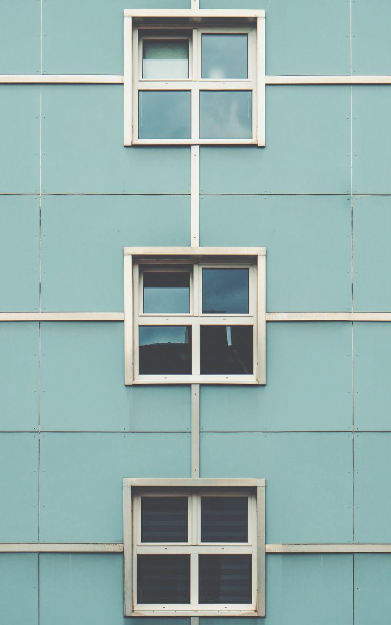 800x1280 Wallpaper facade, windows, building