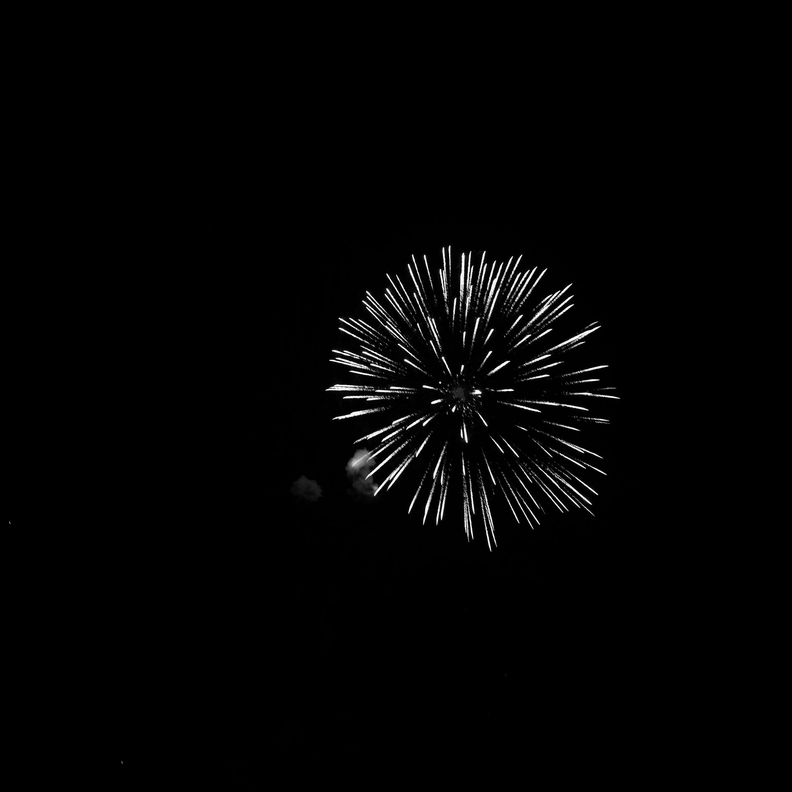 2780x2780 Wallpaper fireworks, salute, night, black, bw