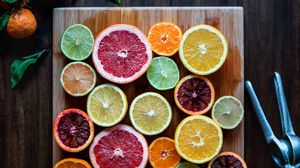 Preview wallpaper fruit, citrus, sliced, juicy