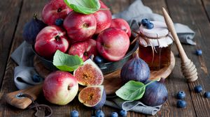Preview wallpaper fruit, figs, blueberries, honey, nectarine