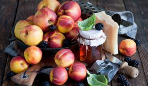Preview wallpaper fruit, nectarine, blackberry, dishes, honey, cheese