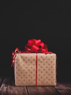 240x320 Wallpaper gift, box, bow, holiday
