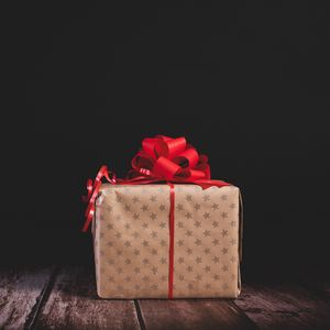 Preview wallpaper gift, box, bow, holiday