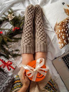 240x320 Wallpaper gift, box, new year, christmas, holidays
