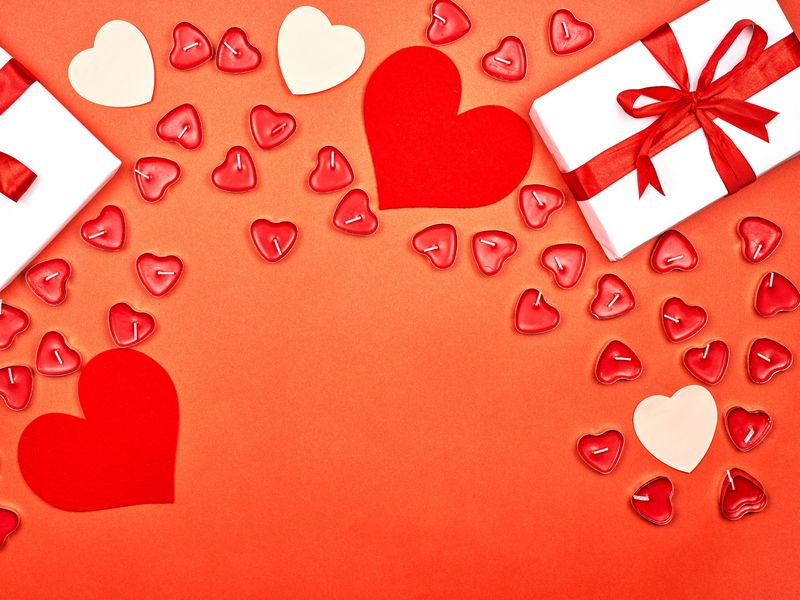 800x600 Wallpaper gift, hearts, candles, love, romance