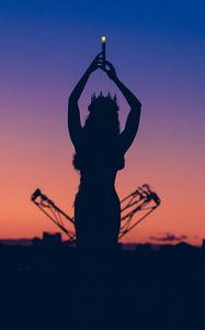 Preview wallpaper girl, silhouette, queen, crown, candle, twilight, dark