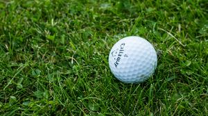 Preview wallpaper golf, ball, grass
