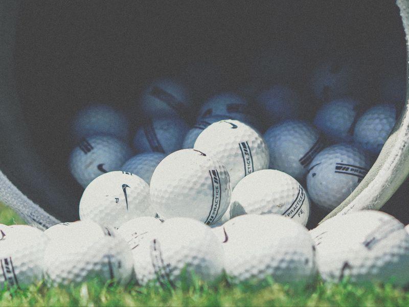 800x600 Wallpaper golf, balls, nike