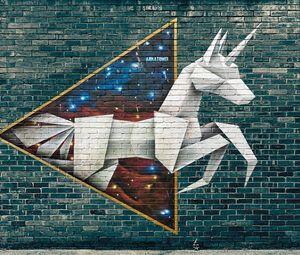 Preview wallpaper graffiti, origami, street art, brick wall