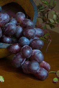 Preview wallpaper grapes, berries, fruit, bunch