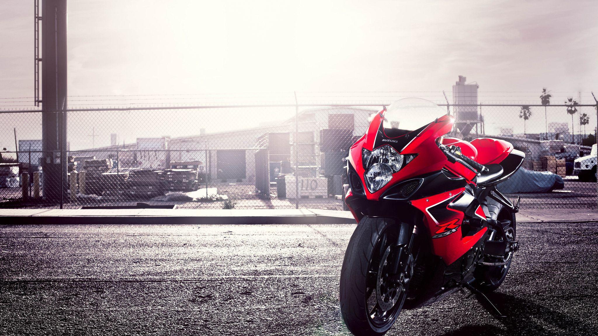 2048x1152 Wallpaper gsx-r, suzuki, motorcycle, red, 1000