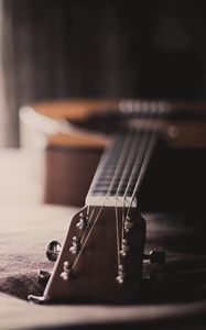 Preview wallpaper guitar, close-up, house