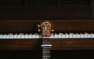 Preview wallpaper guitar, piano, musical instrument, strings, keys, music